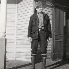 Warden Barney Devine