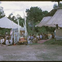 Ban Pha Khao : village temple celebration