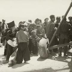 Evacuating civilians by air