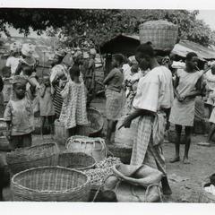 Kola at Oshu market