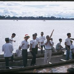 Boat races : on pirogue