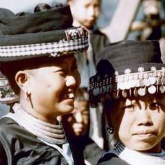 Two White Hmong girls in Houa Khong Province
