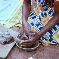 Hungana Woman Making Pottery at Kwilu