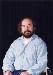 English professor David Ostrenga faculty headshot
