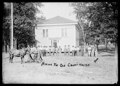 Moving the old courthouse