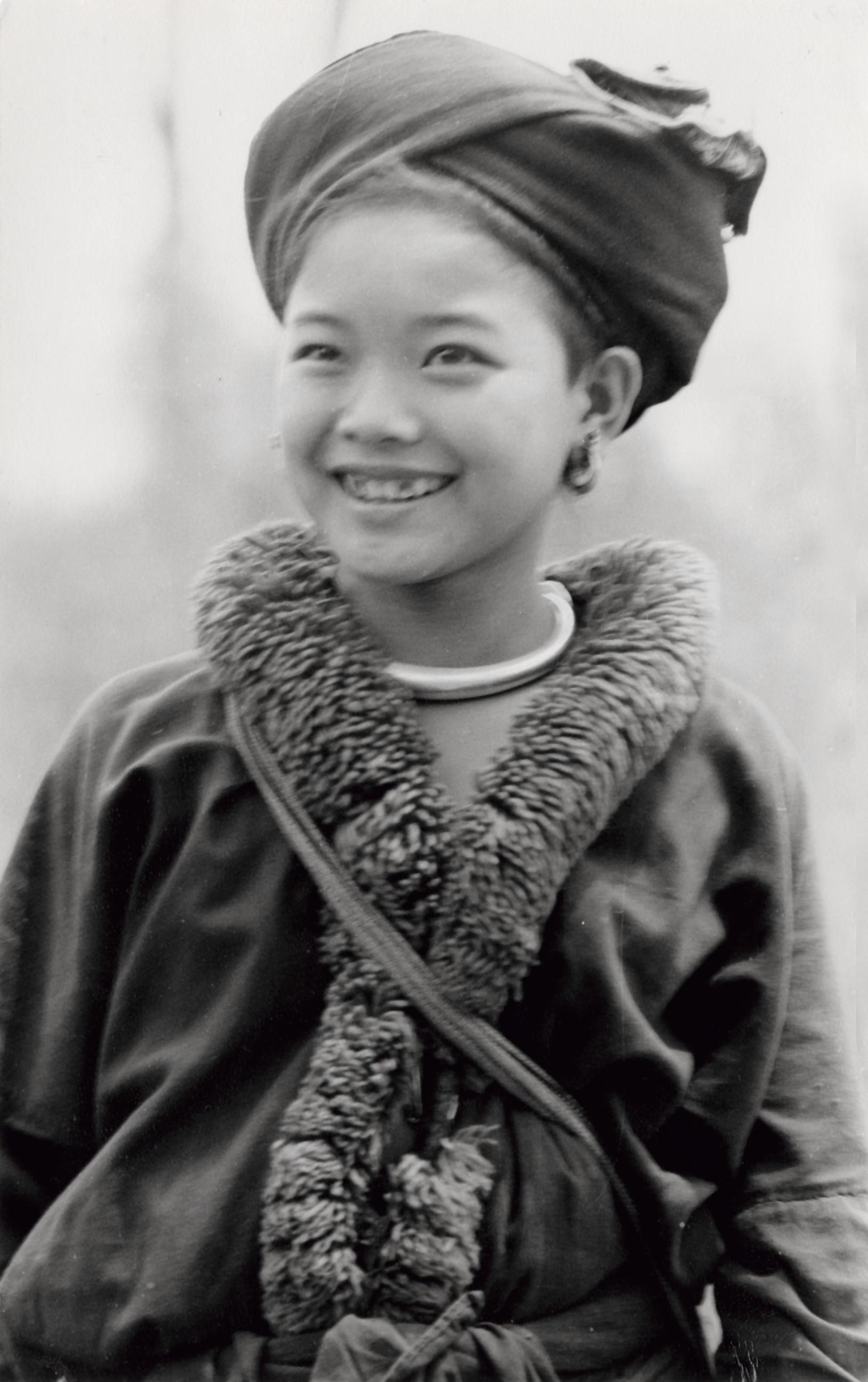A Yao Iu Mien Girl In Traditional Clothing In Houa Khong Province Uwdc Uw Madison Libraries