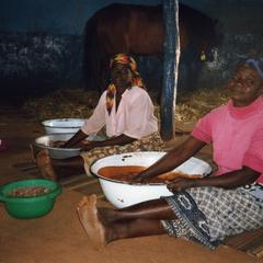 Two shea butter makers
