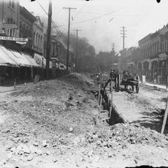 North Main Street, Oconomowoc, construction