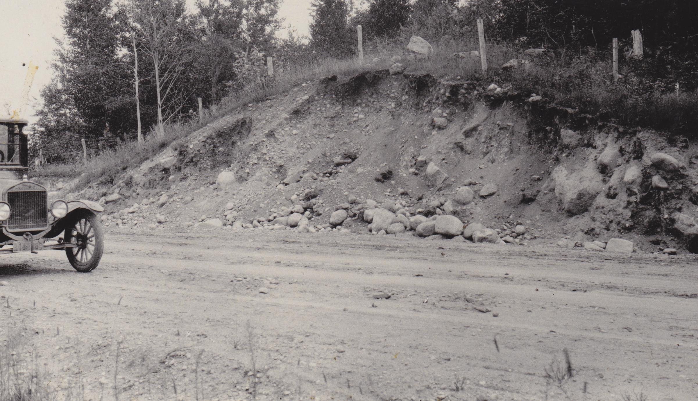 Road cut in moraine near Galloway, WI