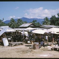 Vangviang : market--general view