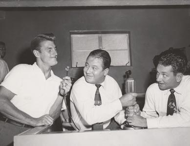 Elroy Hirsch jokes with radio hosts
