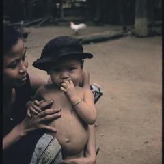 Phetsarath trip : village mother and child