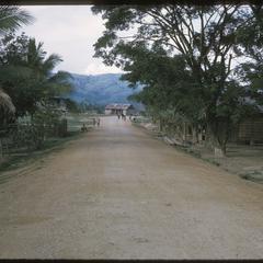 Muang Kasy : street in town