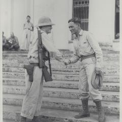 Major Richardson and Colonel Ruperto Kangleon of the guerrilla forces, Leyte, 1944