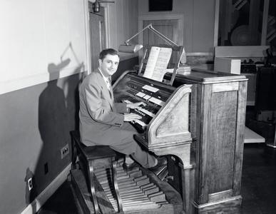 Don Voegeli in the WHA studio