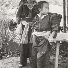 A White Hmong woman and girl in Xiang Khoang Province