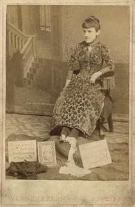 Needlework by foot, circus performer