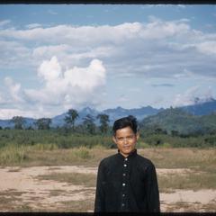 Nam Bak : Kammu (Khmu') at airfield