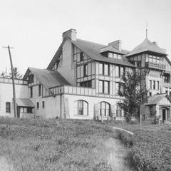 Hiram Smith Hall, ca. 1909.