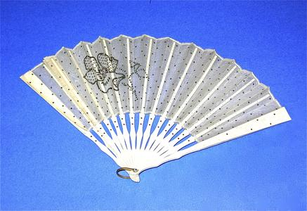White organza fan with leaf and large flower