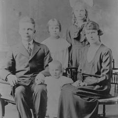 Viola Turpeinen and family