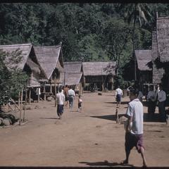 Phetsarath trip : village of Ban Som