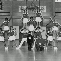 UW-Parkside cheerleaders