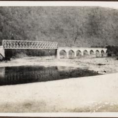 Die Grenzbrücke Ungarn-Rumänien bei Veresteronie
