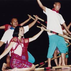 Filipino American dancers at 2000 MCOR