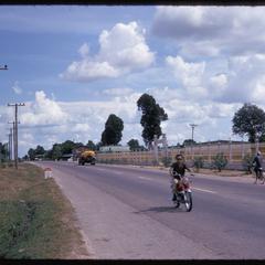Tha Deua Road