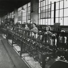 MacWhyte women factory employees at work