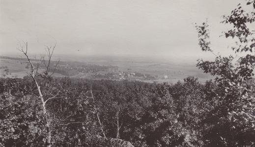 Blue Mounds village