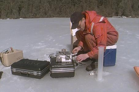 Winter water sampling North Temperate Lakes Long Term Ecological Research (LTER) (10)