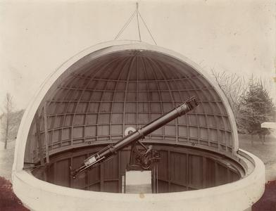 Dome and equatorial of Student Observatory