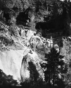 Cave dwellings at Frijoles Canyon