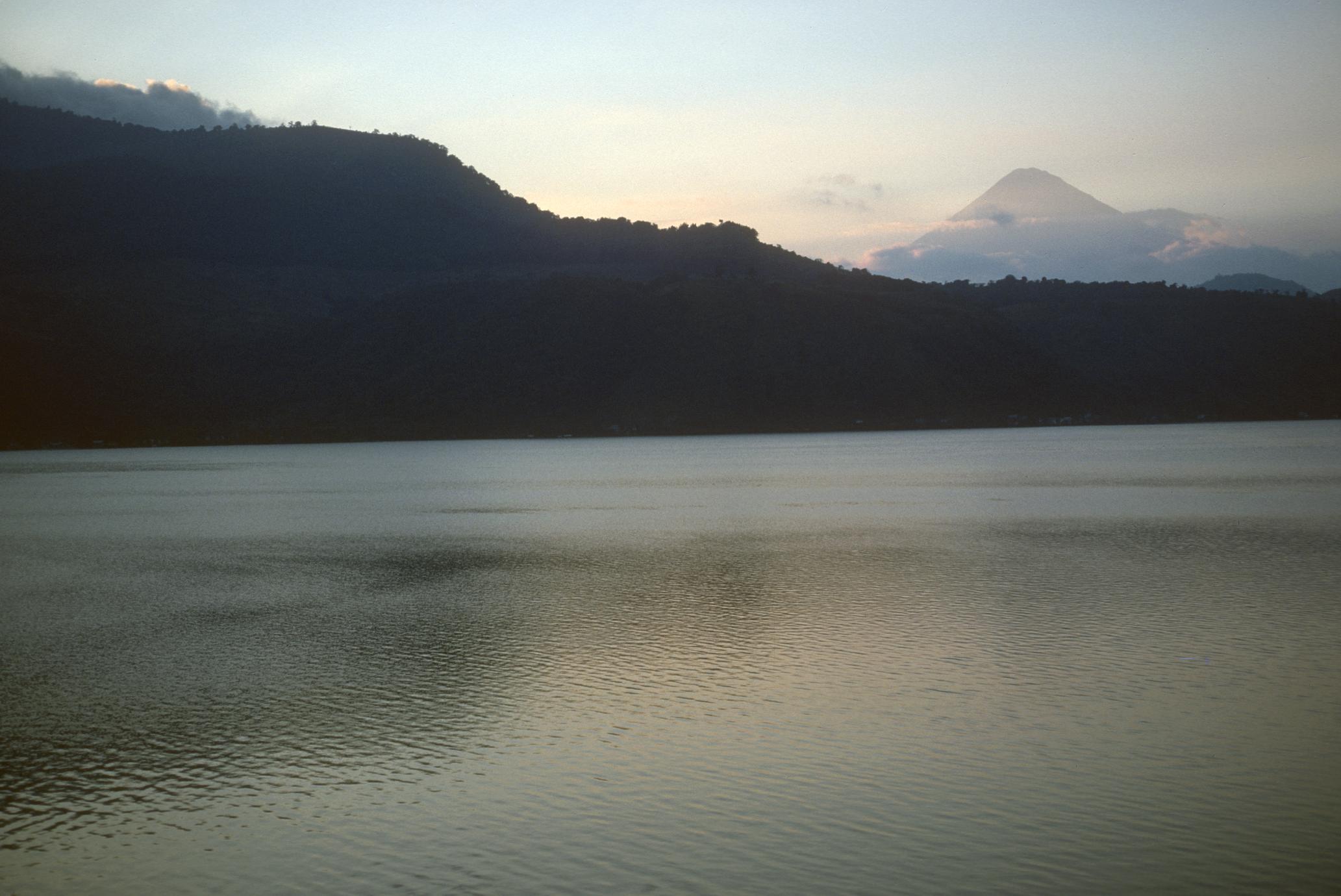 Sunset, Lago Amatitlán looking northwest