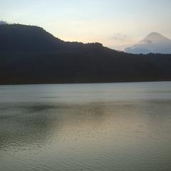 Sunset, Lago Amatitlán looking northwest