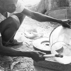 Bucketmaker Making Bottom Flange