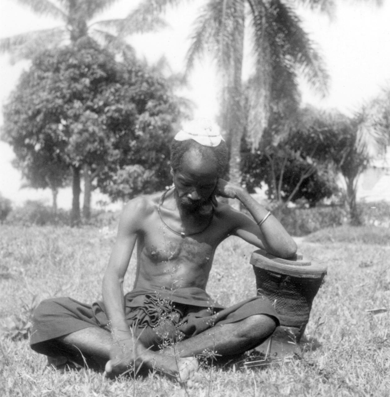 "Kuba-Bushong Counsellor with ""Basket of Wisdom"""
