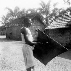 A Kuba-Bushong Signalling Drum, Langoml