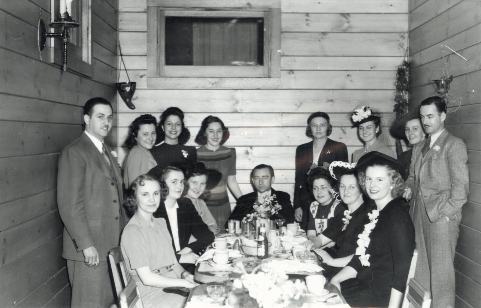Shipyard dinner party, Rutherford's