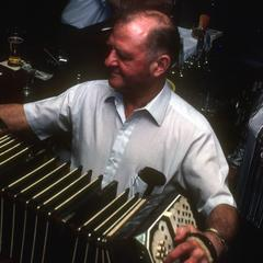 Ach Ya! : the Story of German Music in Wisconsin