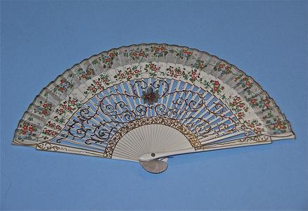 Cream Spanish leaf fan