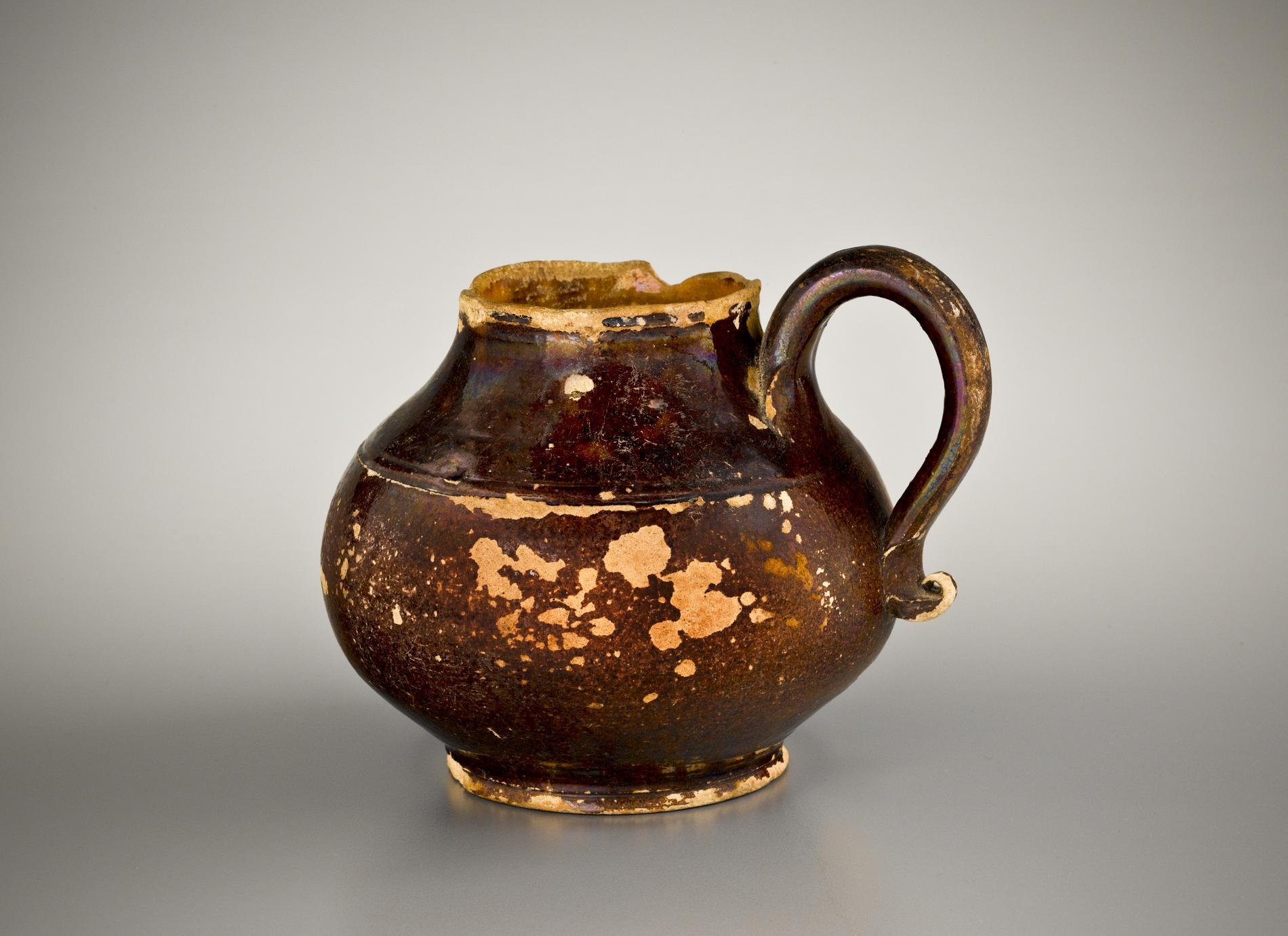 Teapot (1 of 3)