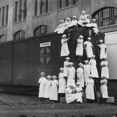 Jiffy-Jell, Waukesha, female employees