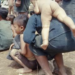Ethnic Khmu' woman and child