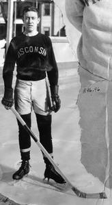 UW men's hockey player