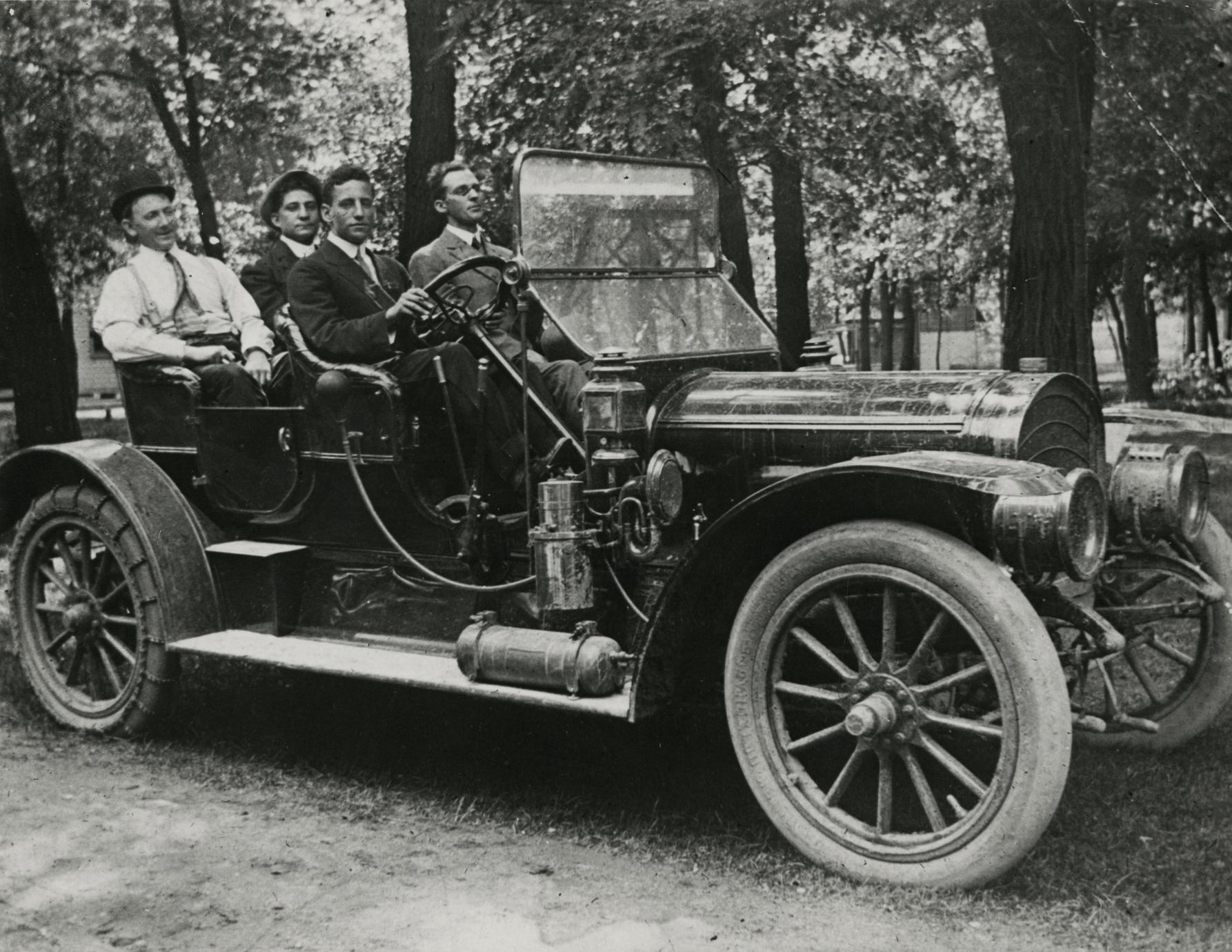 A 1909 Jeffery Rambler