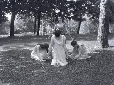 Summer school pageant dancers, 1917