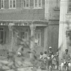 Selling food on street